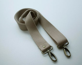 1 1/4 inch Detachable and adjustable shoulder strap  in khaki