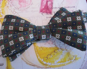 BOW TIE Pure Silk, Prom Bow Tie, Wedding Vintage Bow Tie, Print, Church Bowtie 1980 NCIS Ducky Tie Retro Office Party Mad Men Formal