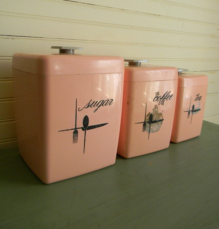 pink kitchen canisters vintage 1950s kitchen canisters pink kitchen canisters set of 943