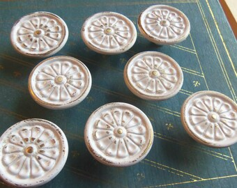 FREE SHIPPING Set of 8 Shabby Knobs Pulls Chippy Upcycled White Flower Daisy Cottage Chic 1.3 Inch Distressed