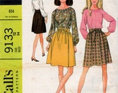 "9133 McCall's Vintage Uncut Sewing Pattern ""Seventeen"" Young Fashion  Misses and Juniors Separates Blouse and Wrap Skirt, Size 12 Bust 34"