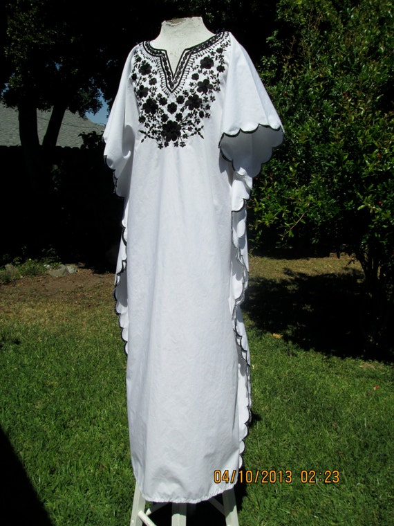 Floral Cocoon Dress- Vintage 70s Black & White Floral Embroidered Hippie Festival Boho Maxi Caftan Dress OS