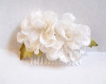 "White silk millinery blooms hair comb ""cummulus"""
