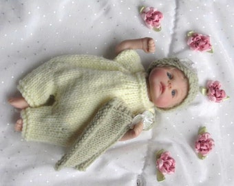Baby Doll KNITTING PATTERN Lemon Spring Romper -  OOAK clay Baby Doll 7-8 inch
