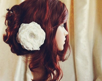 Peony hair Flower comb / Clip wedding head Piece ivory, off-white or white EV2
