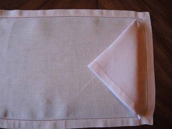 Items similar to Set of Pink Linen Napkins & Placemats, Kitchen and Dining, Table Linens ...