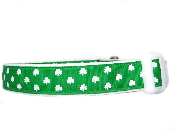 White Clover Dog Collar - 1 inch wide - buckle or martingale collar - irish dog collar - st patricks day dog collar - shamrock collar green