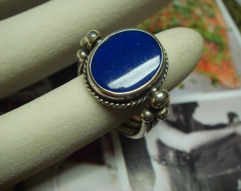 vintage 1970's turing up and down lapis stone in solid sterling silver ring