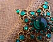 Emerald Stone Star Brooch