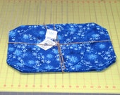 1 handmade Set of 4 Snow flake Placemats w/ Center Round Made in Maine  royal blue snow flakes