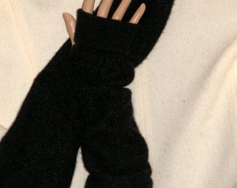 long Black Cashmere arm warmer Fingerless Gloves upcycled Cashmere Sweater Fingerless Mittens Wrist Warmers Cashmere armwarmers For woman