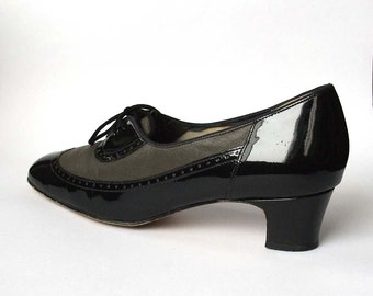 Black and Grey Lace-up Brogue Heels - Vintage, UK size 6 - Nil Simile, Made in England