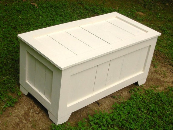 ... Reclaimed Cedar toy box, blanket chest, coffee table, hope chest