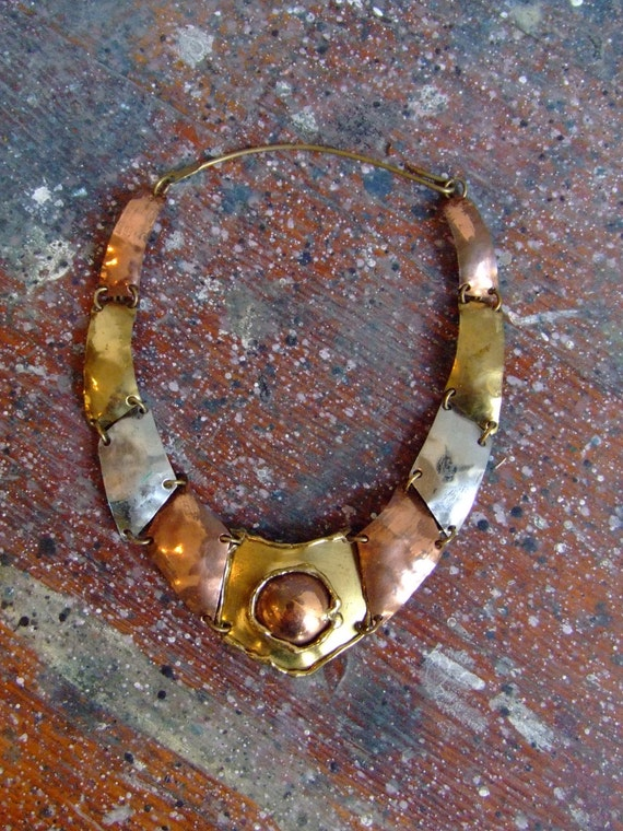 FINAL SALE/////Vintage 1970s hand-crafted hammered brass avante garde necklace