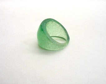 Light Green Small Chunky  Bubble Resin Ring Jewelry , apple green resin dome ring , resin jewellery , resin Australia Sydney , women jewelry