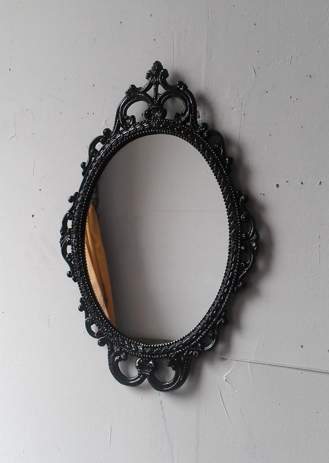 Ornate oval mirror in vintage metal frame 17 x 12 inch for Metal frame mirror