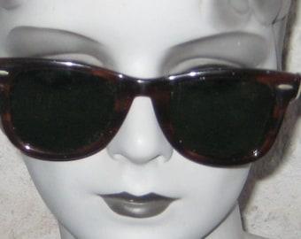 Come On Baby Lets Drive Great Vintage Ray Ban Wayfarer SunGlasses Sun Glasses  Tortoise