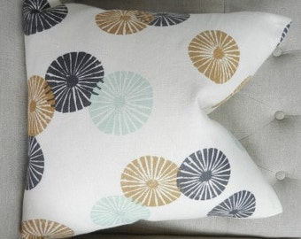 """SALE - Decorative Designer pillow cover - 18""""X18"""" - Lee Jofa Groundworks Kasa Linen in Bronze - Pattern on the front"""