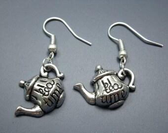 Teapot Earrings - Alice in Wonderland Mad Hatter's Tea Party inspired cute earrings funny earrings kawaii quirky jewelry funky rockabilly