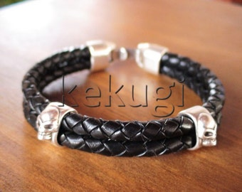 men black leather bracelet with sterling silver plated skull spacer beads