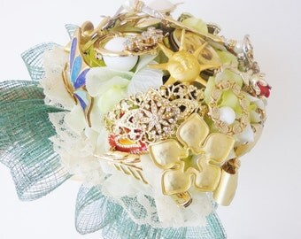 wedding bouquet bridal jewelry bouquet with vintage brooches READY TO SHIP