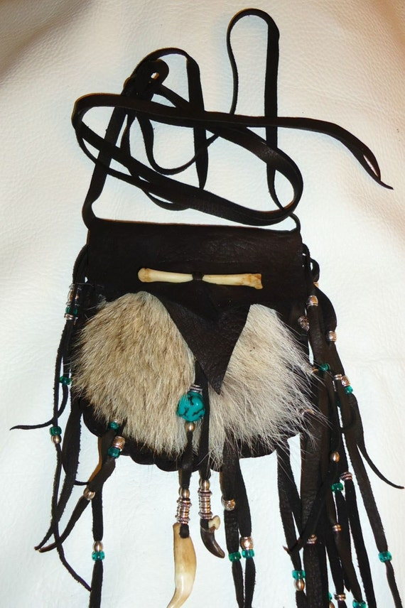 Leather and coyote fur medicine bag mountain man rendezvous pow wow bone claw totem