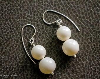 Ivory Swarovski Crystal Pearls Sterling SIlver Earrings, Bridal Wedding Pearls Jewelry, Modern Minimalist Style Earrings