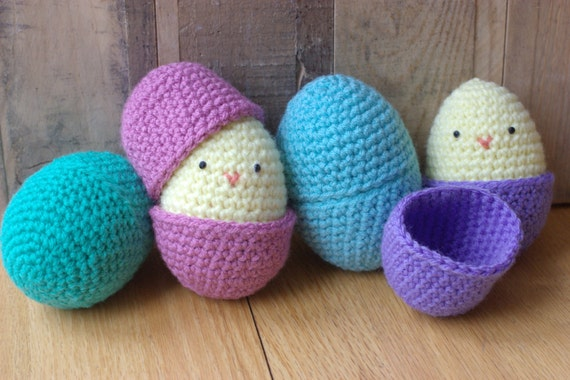 Amigurumi Hatching Easter Chicks : Crochet PATTERN Amigurumi Easter Egg Chick Toy by littlepunky