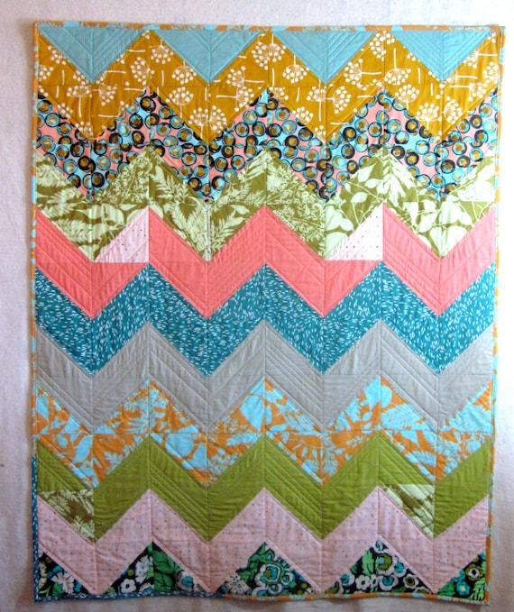 Chevron Zig Zag Modern Baby Quilt by NancyJoStudio on Etsy