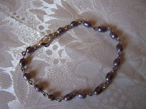 SALE - Dainty Black fresh water pearl bracelet