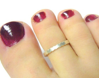 Sterling silver toe ring scalloped edge summer fashion sterling toe ring silver adjustable toe ring