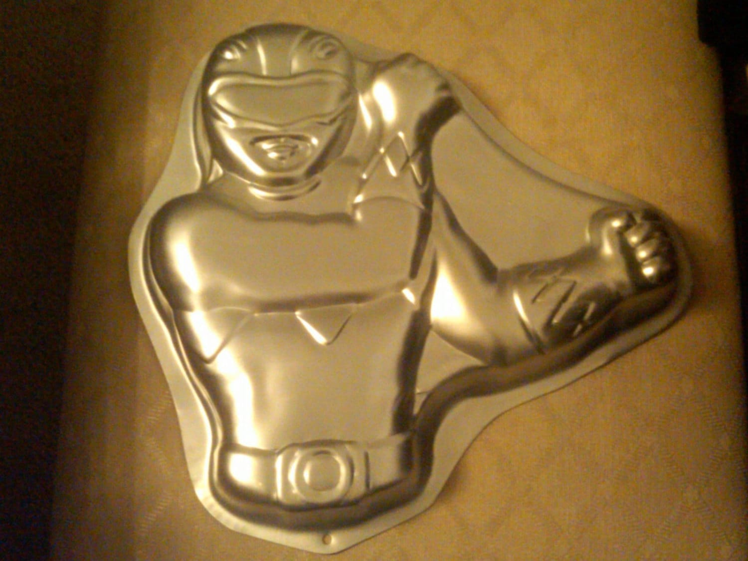 Wilton Power Ranger Red Cake Pan Mold Tin With Instructions