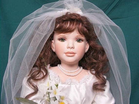 Large porcelain doll (Summer)