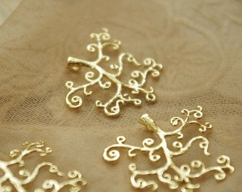 4 pcs of gold plated Crimp tree Charms