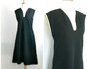 RESERVED - 1970s Dress / sheath dress / v neck / shift dress / 70s secretary dress / shift dress / womens black dress / medium large