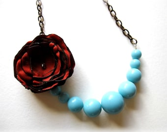 Robin's egg blue vintage beaded flower necklace