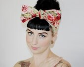 Vintage Inspired Head Scarf, Red Roses, Sage Dots, Vintage, Rockabilly, Retro, 1940s, 1950s
