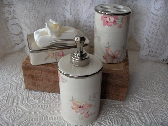 vintage bathroom vanity accessories set nautica retired