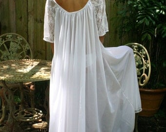 White Bridal Romance Full Swing Nightgown Lace Sleeves Bridal Lingerie Wedding Sleepwear Honeymoon Cruise Spa Holiday