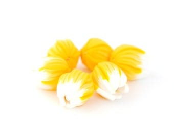 Flower beads, Yellow Tulip beads,flower pendants, focal beads, statement beads - yellow and white tulips buds - 6 pcs