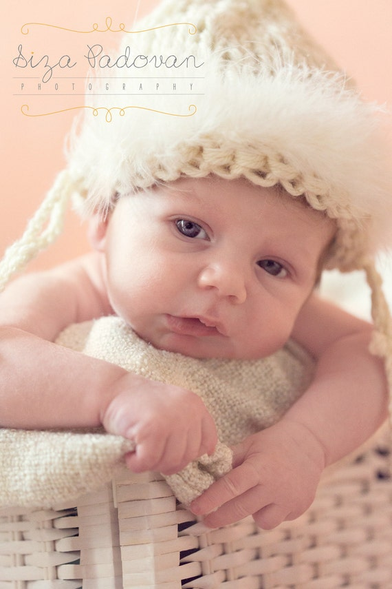White Newborn hat  Baptism Newborn Hat  White Baby hat Photo prop  Girl Romantic Hat  White Natural baby hat  Feathers hat