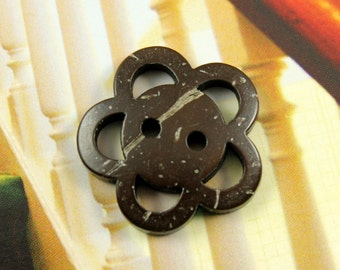 Flower Buttons - 10 Pieces Of Openwork Cute Flower Coconut Buttons. 0.91 inch