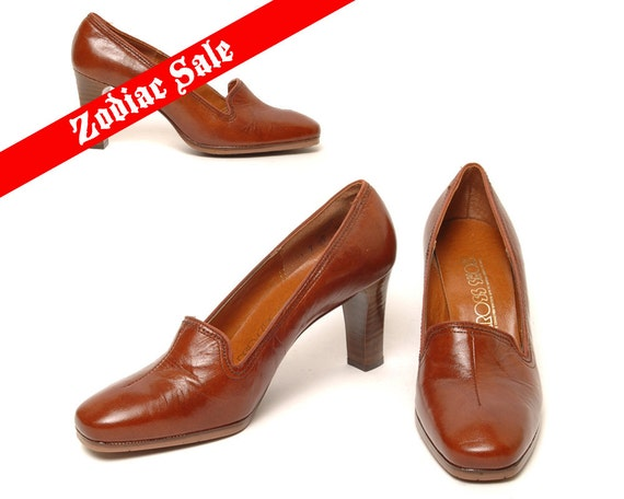 70s Loafer Pumps Brown Leather 1970s Shoes Wood Stacked Heels Slip On Hipster Shoes  / Size 7