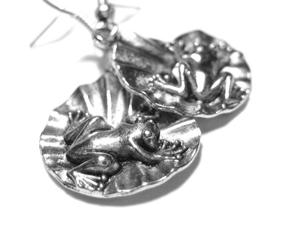 Silver Frog Earrings - Metal Earrings Frog on Lily Pad Jewelry Lilypad Earrings 124