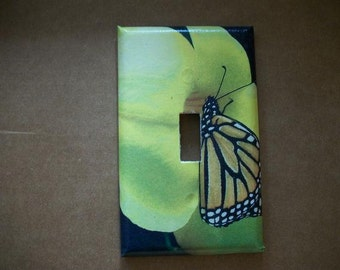 SWITCH PLATE COVER - Posing Butterfly