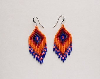 Small chevron beaded earrings orange royal blue native style - los ojos