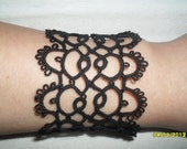 Handmade tatted bracelet in black