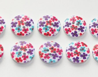 10 x 20mm Wooden Buttons 4 Hole Ditsy Floral Design