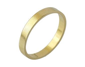 Mens Matte Polish Flat 4mm Wedding Band in Yellow Gold