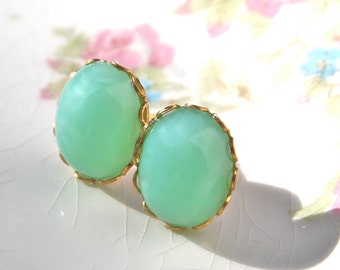 Vintage Mint Green Oval Moonstone Glass Scalloped Brass Post Earrings - Wedding, Bridesmaids, Pastel Trio